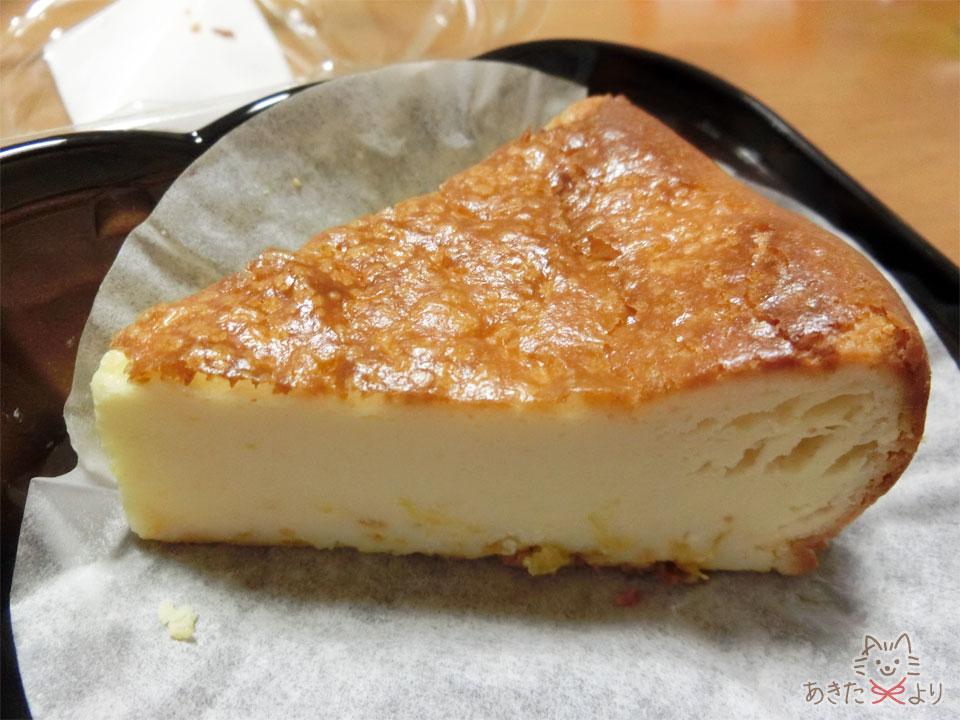 おずきのチーズケーキ一切れ